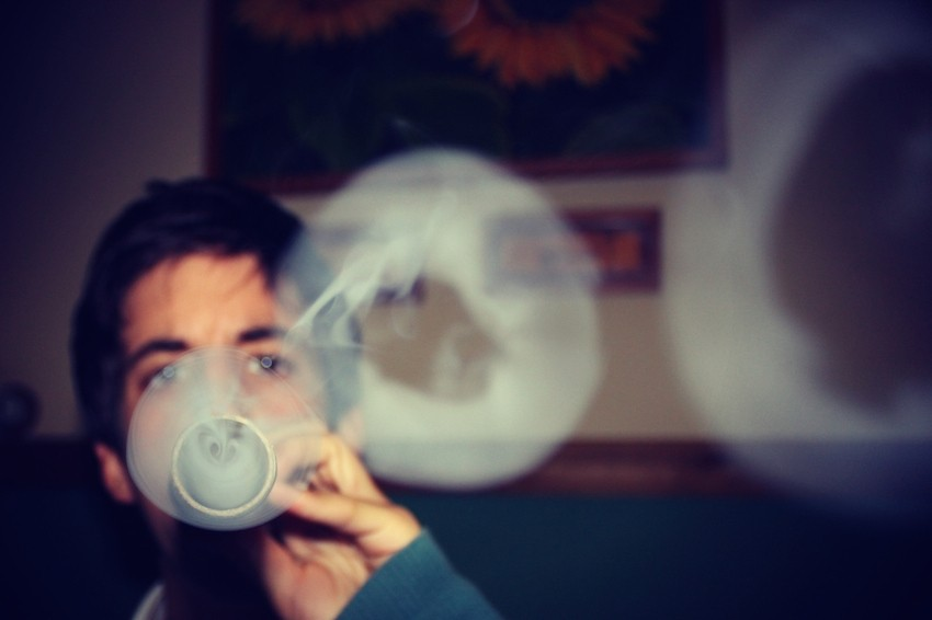 Cáñamo Fumar Porros Con Estilo 5 Trucos Para Echar Buen Humo