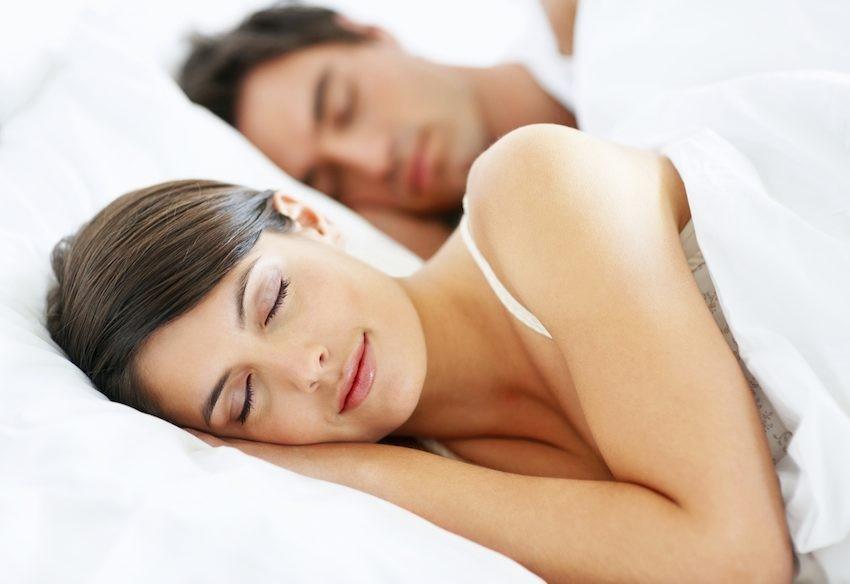 Resultado de imagen para mujer durmiendo