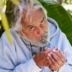 Tour en California te invita a fumar cannabis con Tommy Chong